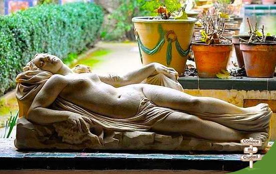 Una escultura en Casa Pilatos